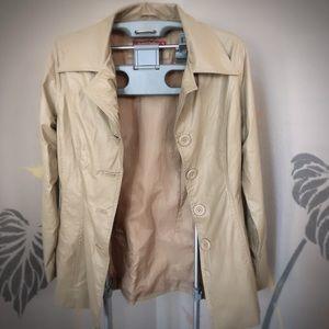 Tan Coat 🧥